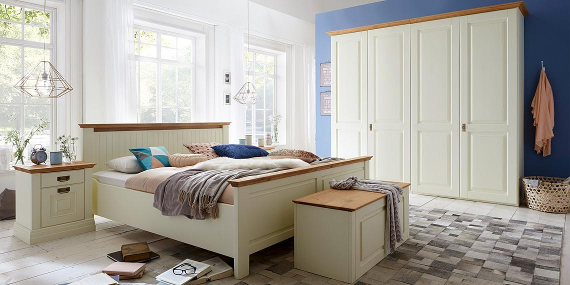 schlafzimmer weiss kiefer komplett massivholz m bel in goslar massivholz m bel in goslar. Black Bedroom Furniture Sets. Home Design Ideas