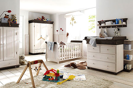 babyzimmer massivholzm bel weiss kolonial kiefer massiv. Black Bedroom Furniture Sets. Home Design Ideas