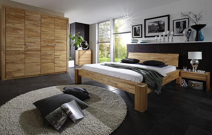 Balkenbett aus Massivholz - Kernbuche parketverleimt - Holzbett aus Balken