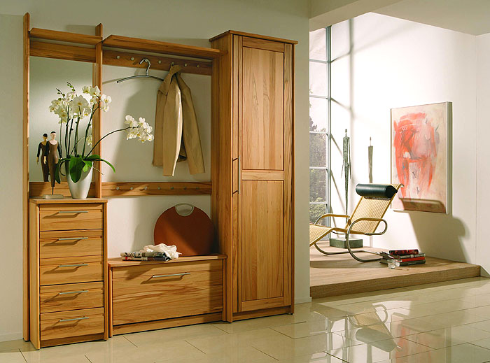garderobe holz massiv massiver und bro von der. Black Bedroom Furniture Sets. Home Design Ideas