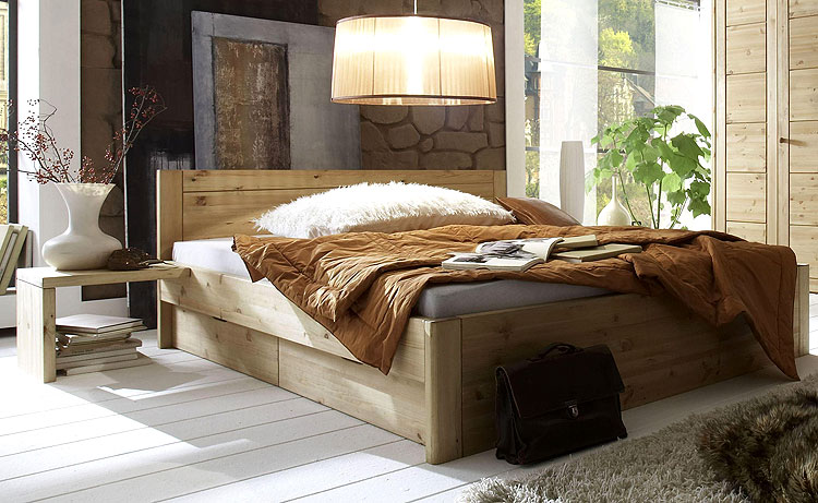 Kiefer Doppelbett massiv mit Schubladen