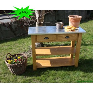 Küchen Arbeitstisch mit Metallplatte antik Angebot