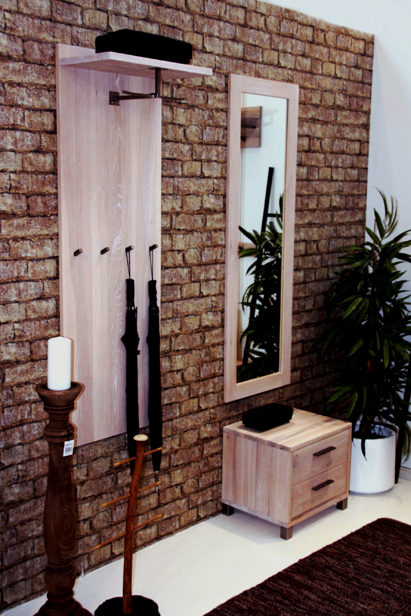 eichenholz unikat garderobe mit wuchsrissen massivholz m bel in goslar massivholz m bel in goslar. Black Bedroom Furniture Sets. Home Design Ideas