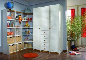 Kinderzimmer-Schrank Kiefer weiß lackiert