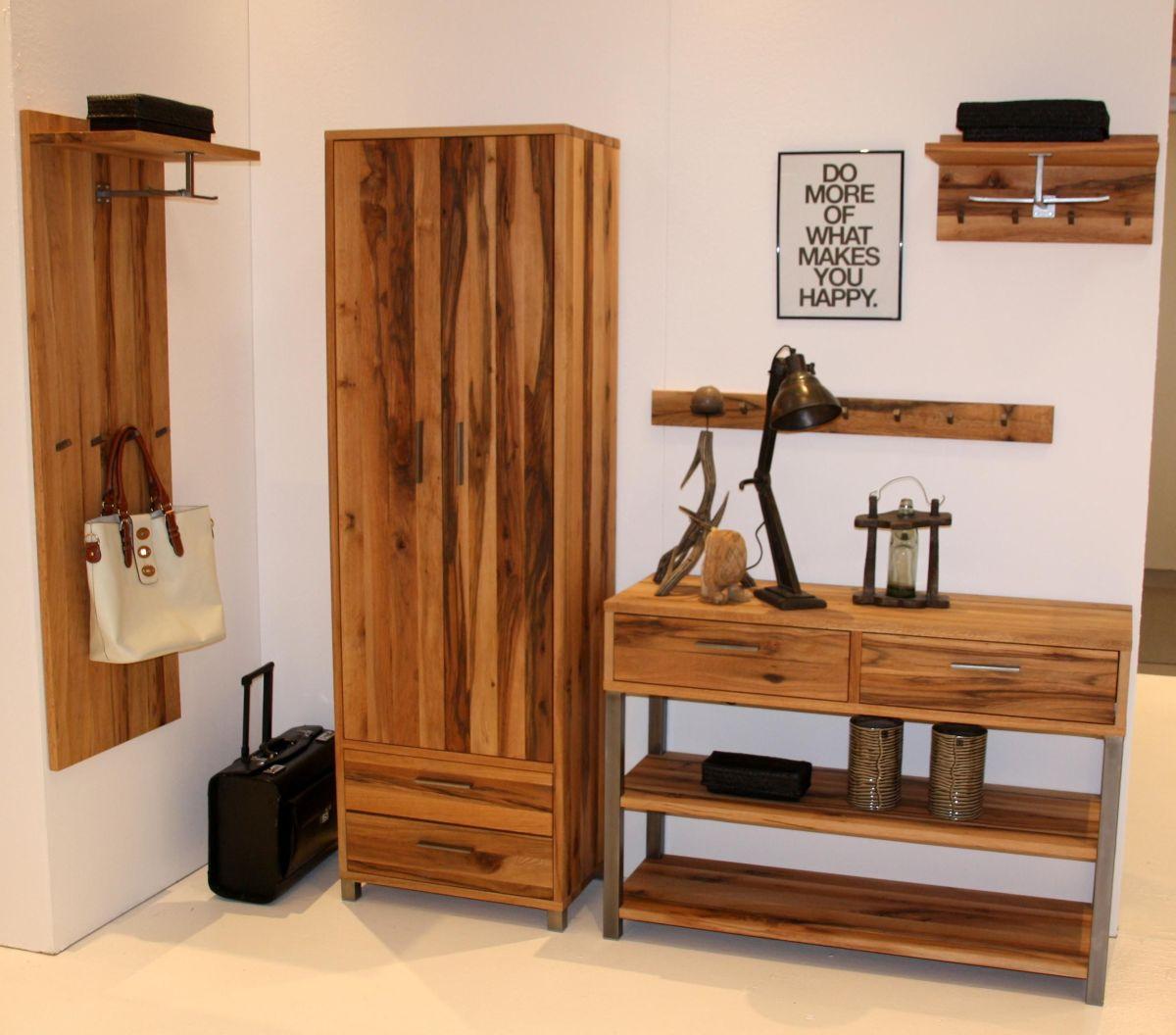 garderobe inkl hutablage dielenschrank rock it massivholz m bel in goslar massivholz m bel in. Black Bedroom Furniture Sets. Home Design Ideas