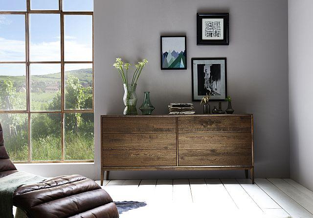 kommode auf holzfue e eiche massivholz rustikal cube it. Black Bedroom Furniture Sets. Home Design Ideas