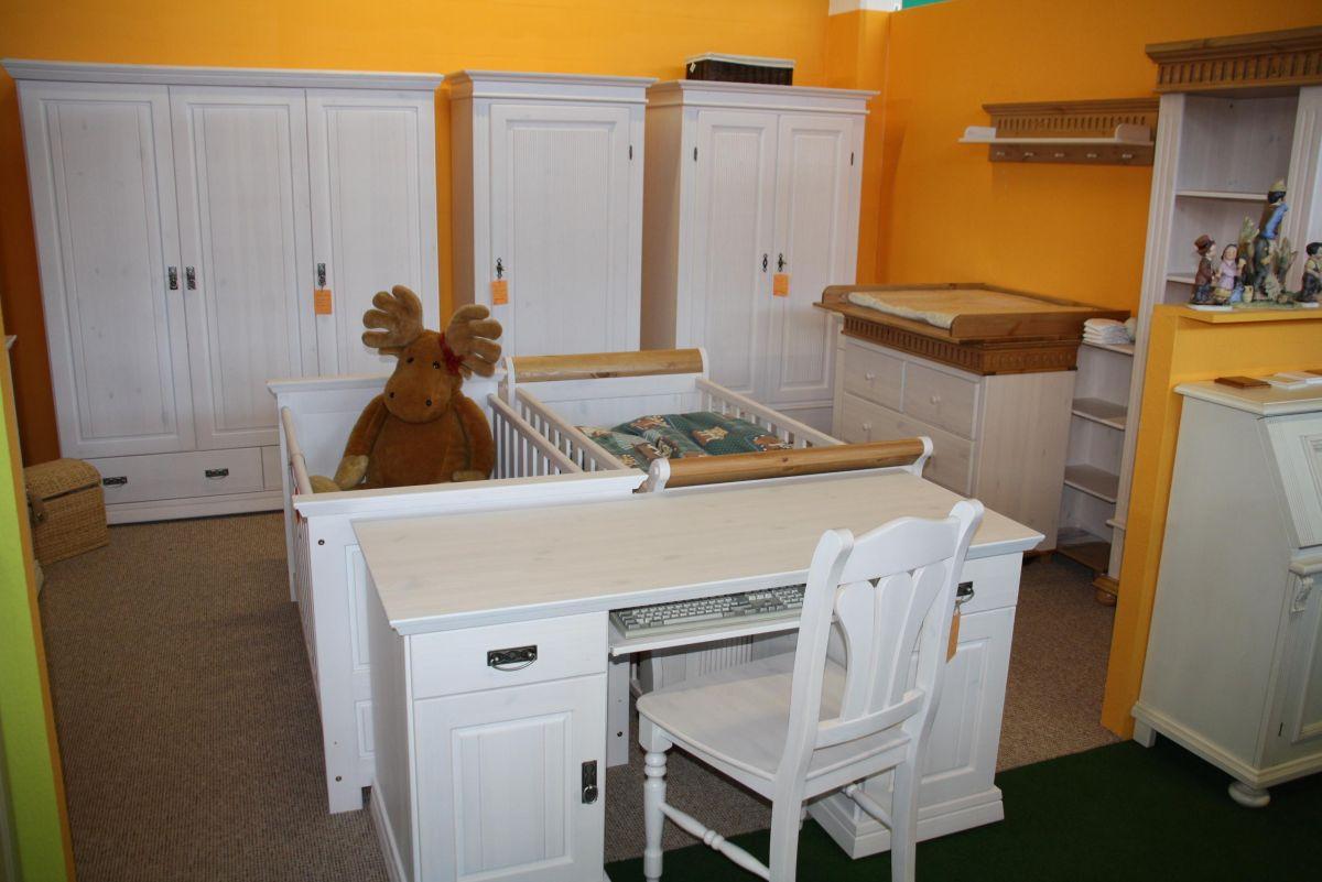 Kiefer Möbel weiss - Wickelkommode Babybett