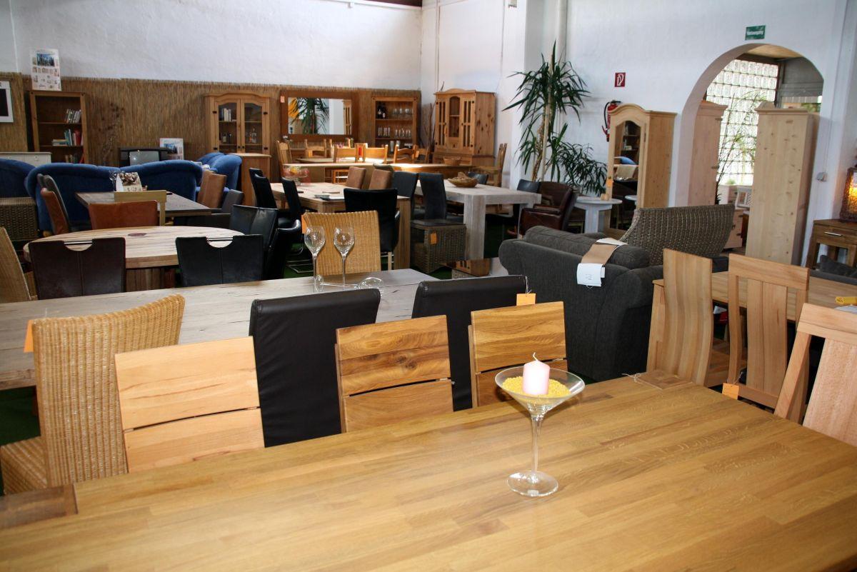 Massivholz Möbel-Ausstellung in Goslar