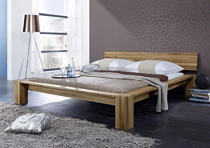 Massivholz Bett - Balkenbett aus Wildeiche - Massiv Holz