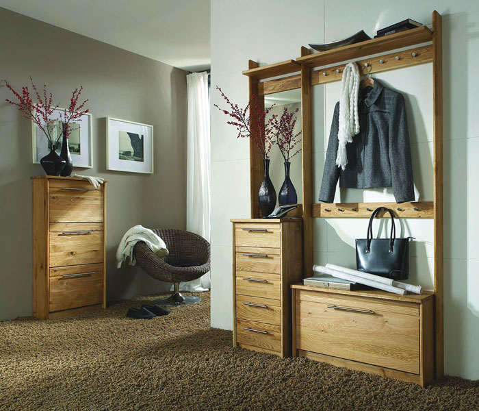 Massivholz Garderoben aus Wildeiche massiv Holz