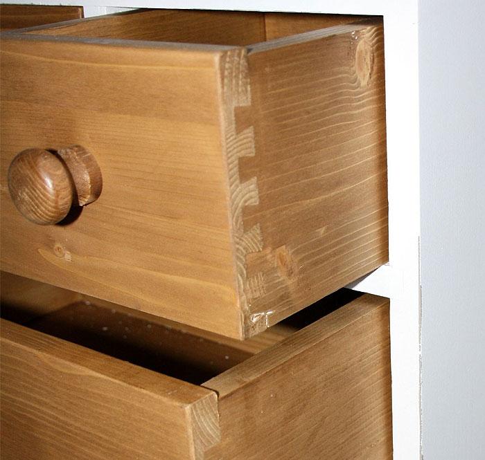 Schubladenkommode Detailansicht weiss shabby Fichte massiv Holz antik gewachst