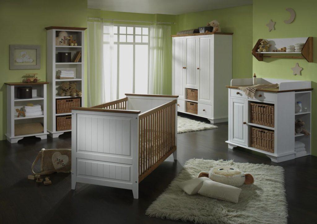 Babyzimmer weiß Honig massiv