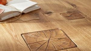 balken in tischplatte risse rustikale optik